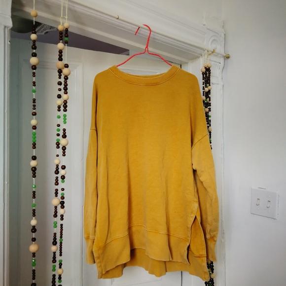 Yellow sweater 🌞